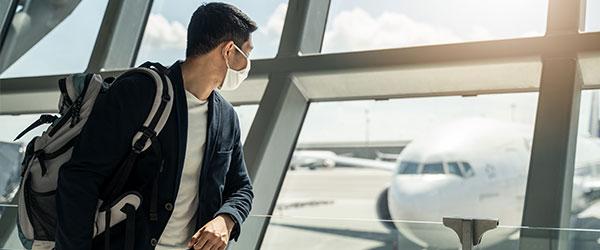 airport traveller